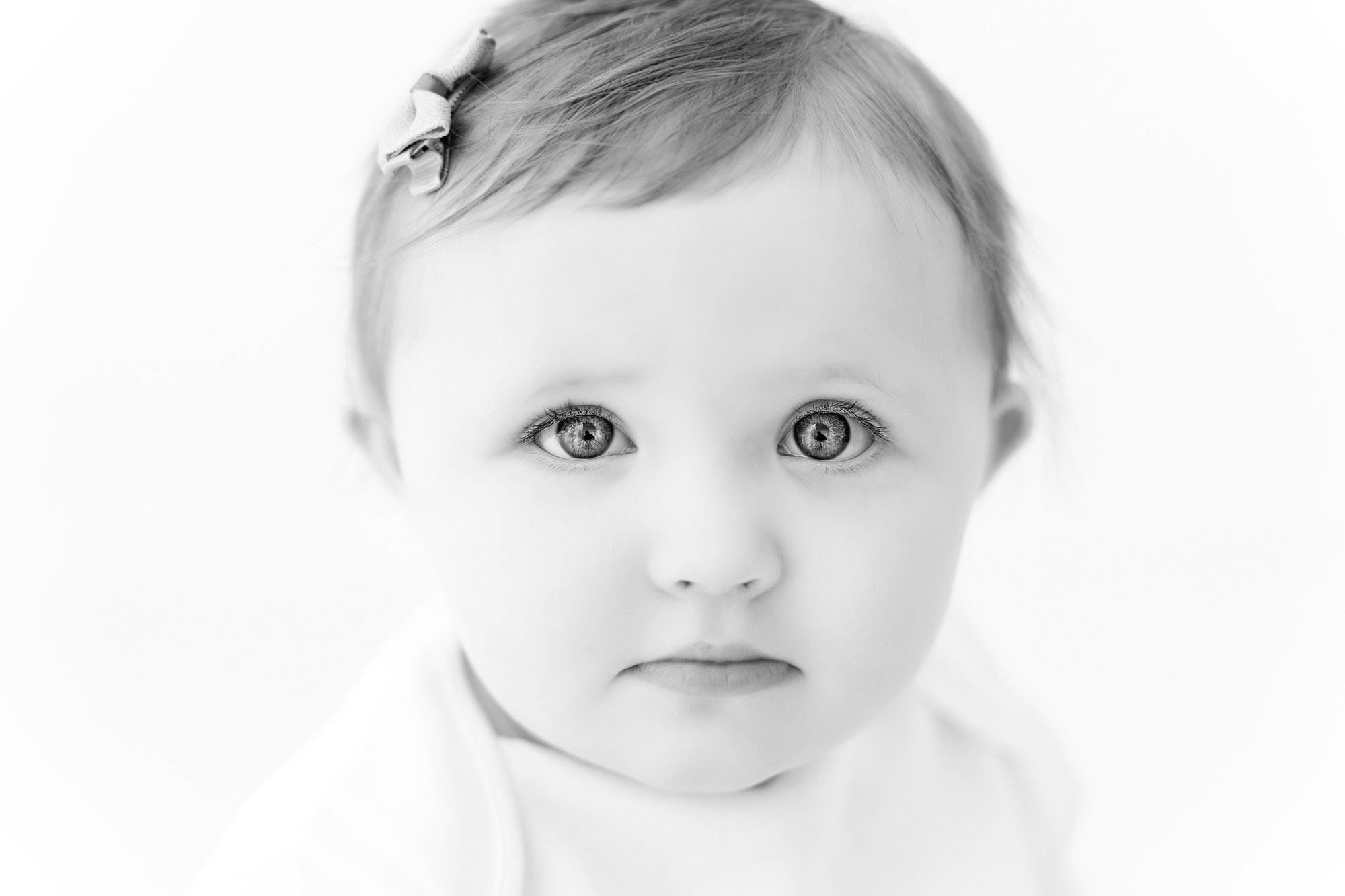 norfolk baby photographer  captures close up black and white image